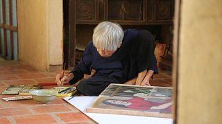 الفنانة الفيتنامية مونغ بيش