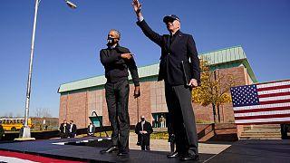 Obama und Biden in Flint, Michigan