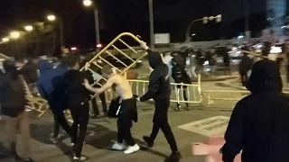 Disturbios en Madrid contra las restricciones ligadas a la pandemia