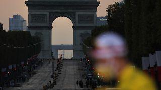 Los Campos Elíseos con la llegada del Tour de Francia