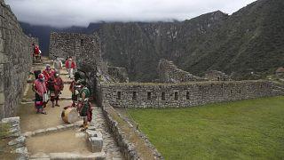 Riapre lentamente l'antica cittadella incaica di Machu Picchu