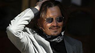 Joggal nevezte asszonyverőnek Johnny Deppet a brit Sun napilap