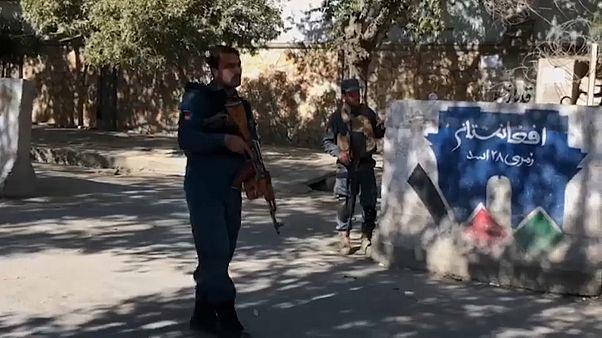 Ataque armado contra estudantes na universidade de Cabul