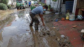إعصار غوني يضرب الفلبين