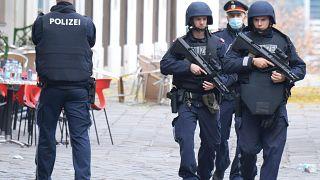 Viyana'da silahlı saldırıda 4 sivil hayatını kaybetti
