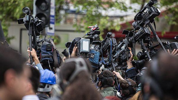 ذكر تقرير للأمم المتحدة الاثنين أن الصحافيين كانوا أكثر عرضة للقتل في العامين الماضيين بسبب عملهم على فضح الفساد أو لانتهاكات الحقوق مقارنة بتغطيتهم مناطق النزاع