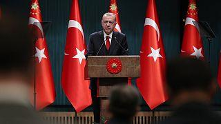 Cumhurbaşkanı Recep Tayyip Erdoğan, Cumhurbaşkanlığı Kabine Toplantısı'nın ardından açıklamalarda bulundu.