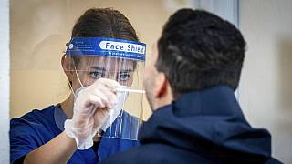Ευρώπη: Πάνω από 11 εκατομμύρια κρούσματα COVID-19