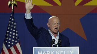 مارك كيلي سيكون أحد ممثلي ولاية أريزونا في مجلس الشيوخ