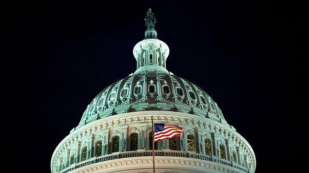 Congresso norte-americano à espera da definição nas duas câmaras