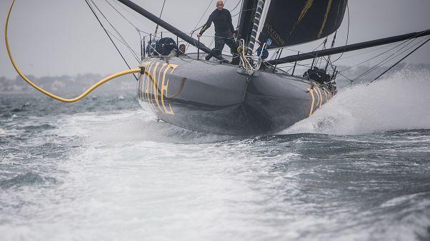 Le skipper Armel Tripon lors de ses préparatifs pour le Vendée Globe 2020-2021, le 25/08/2020.