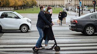 ازدياد الاقبال على وسائل المواصلات البديلة بسبب انتشار فيروس كورونا والحاجة للحفاظ على مسافة تباعد اجتماعي
