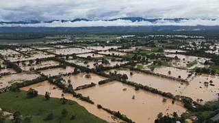 Σαρωτικές καταστροφές από τον τυφώνα Έτα
