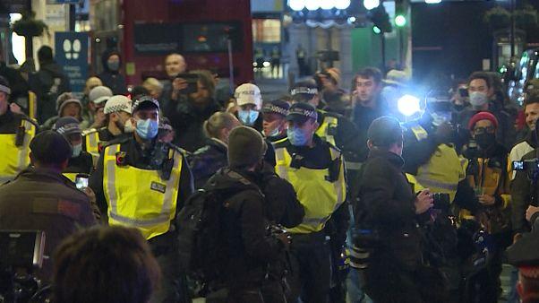 Manifestation anti-confinement à Londres : de nombreuses arrestations