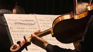 El coronavirus deja sin 'fiesta' a los aficionados a la ópera