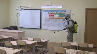 تعقيم المدارس الروسية