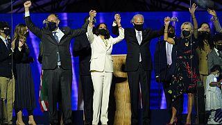 Joe Biden és csapata ünnepel