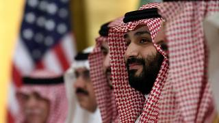 ولي العهد السعودي الأمير محمد بن سلمان خلال اجتماع الرئيس السابق دونالد ترامب.