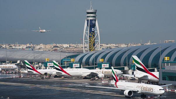 طائرة إماراتية تحط في مطار دبي الدولي. 2019/12/11