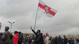 Λευκορωσία: Χειροπέδες σε εκατοντάδες διαδηλωτές