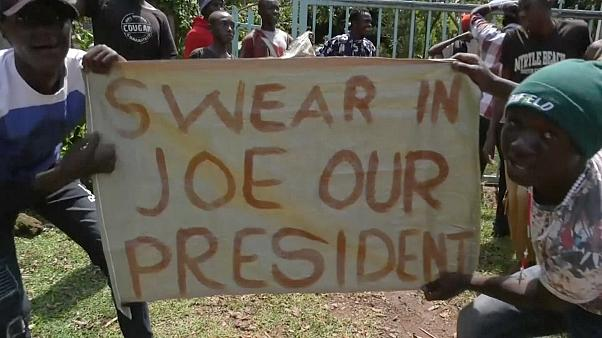 Aldeia queniana celebra vitória de Biden