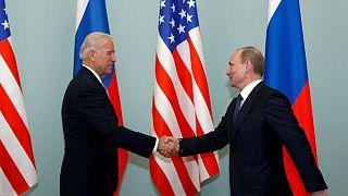 ABD Başkanı seçilen Joe Biden, başkan yardımcısı sıfatıyla gittiği Moskova'da Rusya lideri (o dönem başbakan) Vladimir Putin'le görüşmüştü. 2011