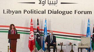 BM temsilcisi Stephanie Williams, Tunus'taki Libya Siyasi Diyalog Forumu'nun açılışında konuştu