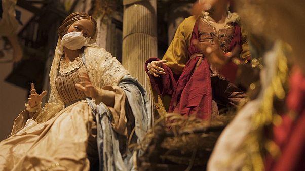 شاهد: فنان إيطالي يضيف كوفيد-19 إلى مشهد مهد المسيح