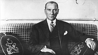 Gazi Mustafa Kemal Atatürk'ün Cumhurbaşkanlığı döneminde çekilmiş bir fotoğrafı.
