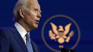 Joe Biden ofrece un discurso el lunes, 9 de noviembre