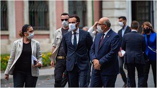 رئيس المحكمة الأوروبية لحقوق الإنسان أثناء مغادرته جامعة اسطنبول