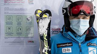 Skifahrer in Österreich Ende Oktober