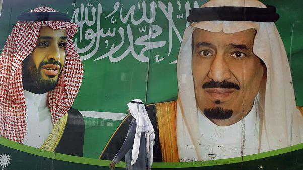 الملك السعودي سلمان، يمينا، وولي عهده محمد بن سلمان،  المملكة العربية السعودية