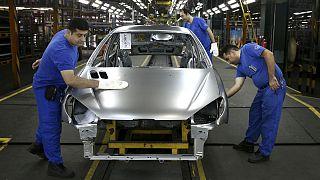 خط تولید شرکت ایران خودرو