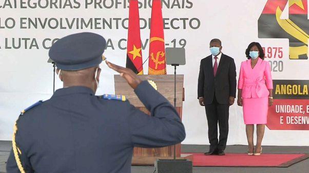 Cerimónia de homenagem aos profissionais que combatem a covid-19 em Angola