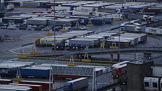 """Brexit impõe """"teia"""" burocrática nas fronteiras com a União Europeia"""