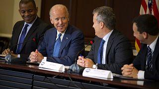 ABD'nin seçilmiş Başkanı Joe Biden'ın Beyaz Saray'daki bir toplantıda konuşması