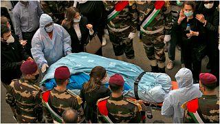 جثمان صائب عريقات كبير المفاوضين الفلسطينيين