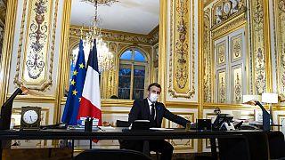 Emmanuel Macron durante su llamada a Biden