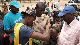 Des millions de vaccinations infantiles menacées