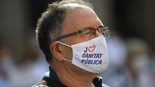 İspanya'da maske fiyatlarına indirime gidiliyor