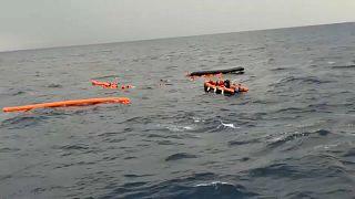 Flüchtlingsboot verunglückt: NGO rettet Menschen vor Libyen