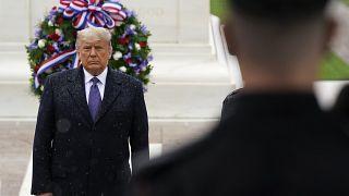 شاهد: ترامب وبايدن يشاركان في مراسم يوم المحاربين القدامى بشكل منفصل