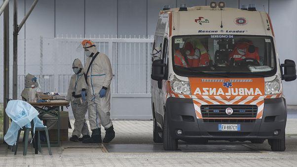 Recolher obrigatório e confinamentos por toda a Europa
