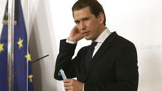 Канцлер Курц перед пресс-конференцией (фото из архива)