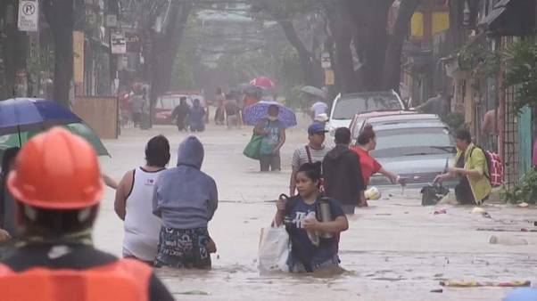 Tufão Vamco inunda nordeste das Filipinas