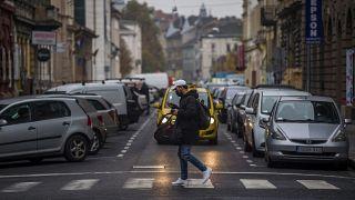 В Венгрии вступили в силу новые меры по борьбе с коронавирусом