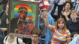 اعتراض خیابانی در لهستان علیه تضییع حقوق دگرباشان جنسی