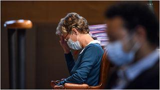 طبيبة التخدير هيلغا خلال المحاكمة
