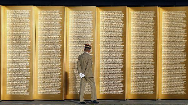 نصب نوتردام دي لوريت التذكاري الذي يحمل اسم 580 ألف شخص ماتوا في شمال فرنسا خلال الحرب العالمية الأولى.